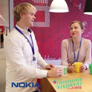 Pyry Talvitie oli kesätyössä Innovation Traineena Nokialla. Pyry huomasi kiinnostavan ilmoituksen kesätyöpaikasta LinkedInissä ja otti yhteyttä. Työhaastattelu hoidettiin joustavasti etäyhteydellä ja Pyry erottui suuresta hakijajoukosta asenteellaan. Katso koko video Vastuullinen kesäduuni -YouTubessa! #kesätyö #kesäduuni #VKD16 #VKD17